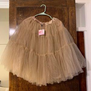 Dresses & Skirts - Beautiful ChicWish Petticoat/Tutu Skirt